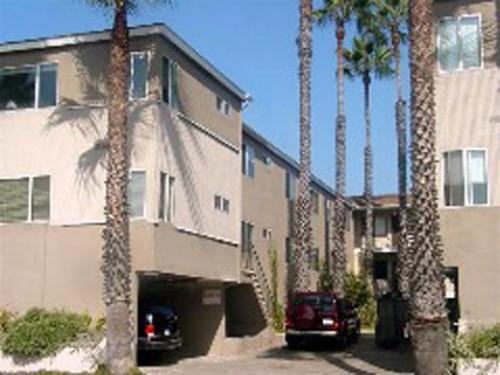 image 1 unfurnished Studio bedroom Apartment for rent in Santa Monica, West Los Angeles