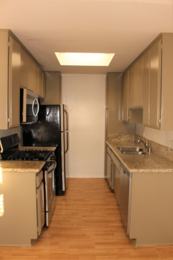 Apartment for Rent in West Los Angeles 1550 Armacost Ave 202