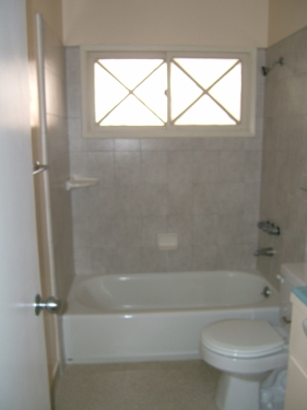 image 7 unfurnished 1 bedroom Apartment for rent in Santa Monica, West Los Angeles