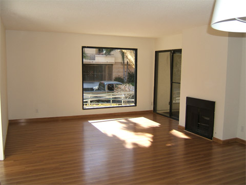 image 4 unfurnished 3 bedroom Apartment for rent in West Los Angeles, West Los Angeles