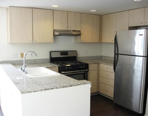 908 14th Street Santa Monica, CA 90403 - $4,300 - 2 Beds, 2.5 Bath