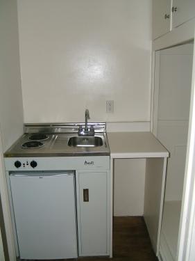 image 5 unfurnished Studio bedroom Apartment for rent in Santa Monica, West Los Angeles
