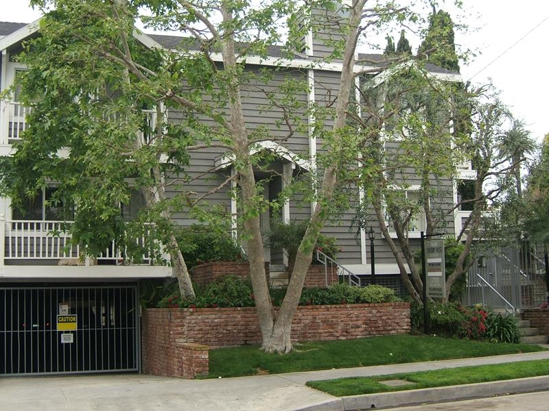 2 Bedroom Apartment For Rent 3703 Inglewood Blvd Mar Vista